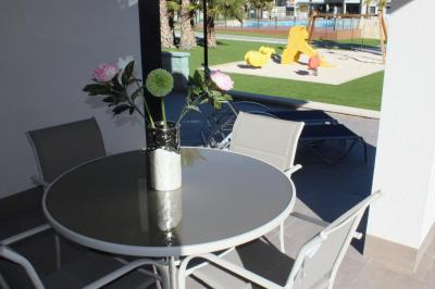 Ground floor apartment in Oasis Beach La Zenia 6 Nº 107 in España Casas