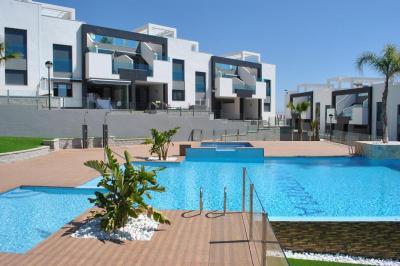 Top floor apartment Oasis Beach Punta Prima 8 Nº 018 in España Casas