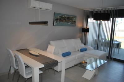 Top floor apartment in Oasis Beach Punta Prima 8 Nº 030 in España Casas
