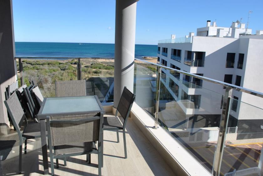 Top floor apartment in Pinada Beach La Mata 3 Nº 300 in España Casas