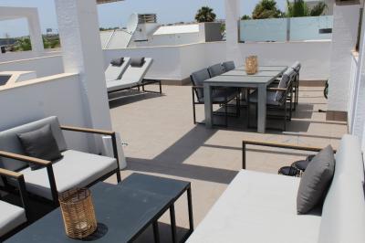 Top floor apartment in Oasis Beach La Zenia 3 Nº 010 in España Casas