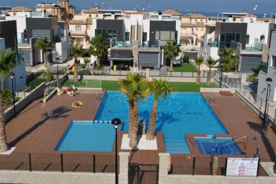 Holiday home in Oasis Hill Campoamor 2 Nº 028 in España Casas