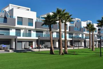 Top floor in Oasis Beach El Raso 11 Nº 066 in España Casas