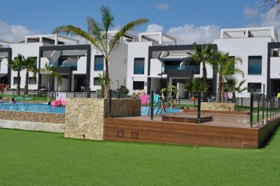 Penthouse in Oasis Beach La Zenia 2 Nº 072 in España Casas