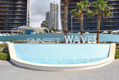 Sunset Waves Benidorm Nº 175 on España Casas